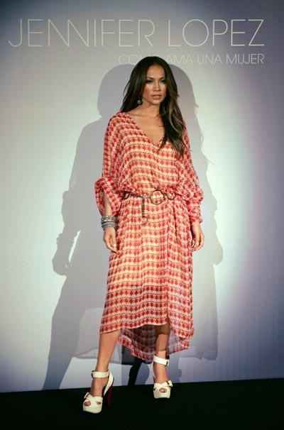 donacion de 100 zapatos de jenife lopez | AquiModa.com: vestidos de ...