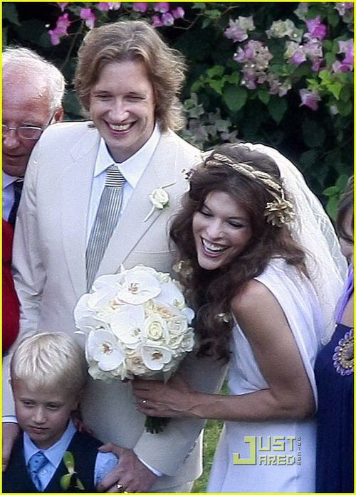 Milla jovovich wedding