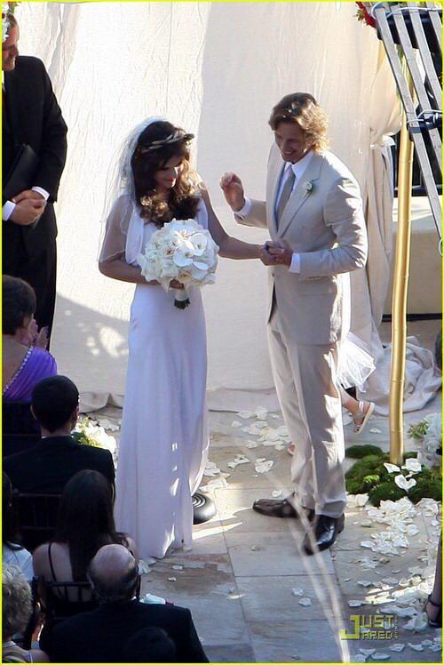 milla jovovich wedding picture