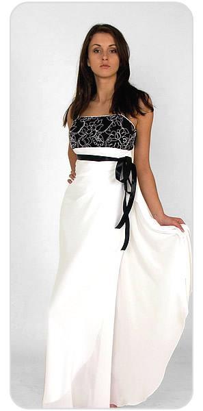 vestidos blancos con lazos