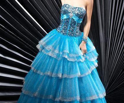 vestidos de quinceañeras con capas