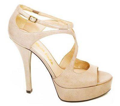 sandalias altas de moda