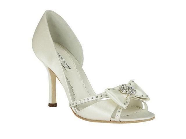 zapatos blancos de moda
