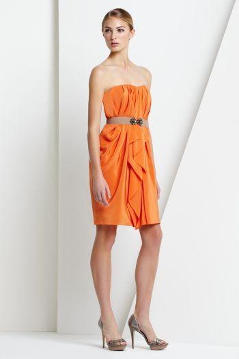 Vestidos anaranjados para ir de boda | AquiModa.com