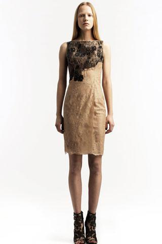 vestidos con detalles dorados