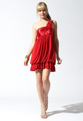 Modelos de vestidos cortos color rojo