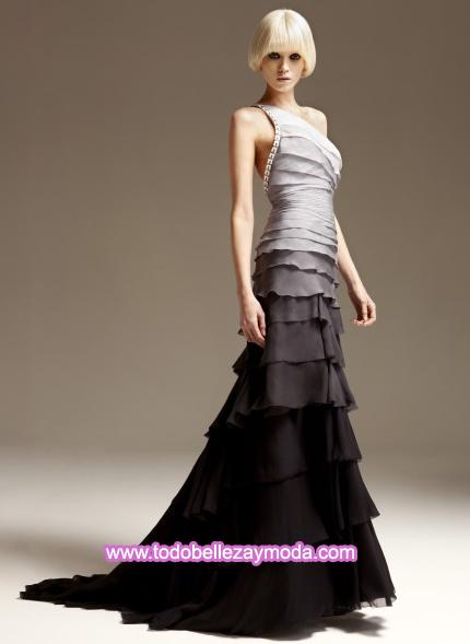 vestidos con capas