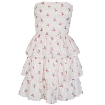 vestidos cortos con capas