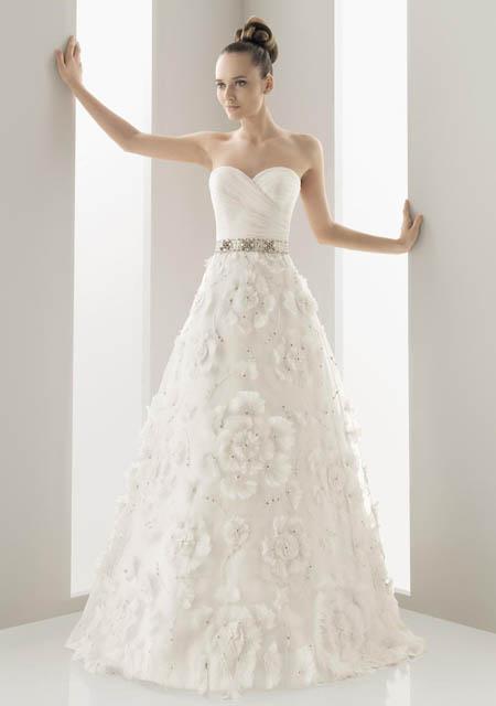 vestidos de novia llenos de elegancia | aquimoda