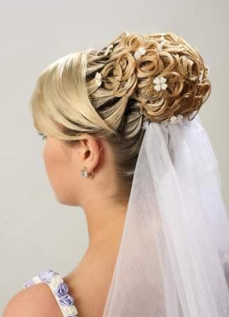 peinados para novias con velo aquimodacom - Peinados De Novia Con Velo