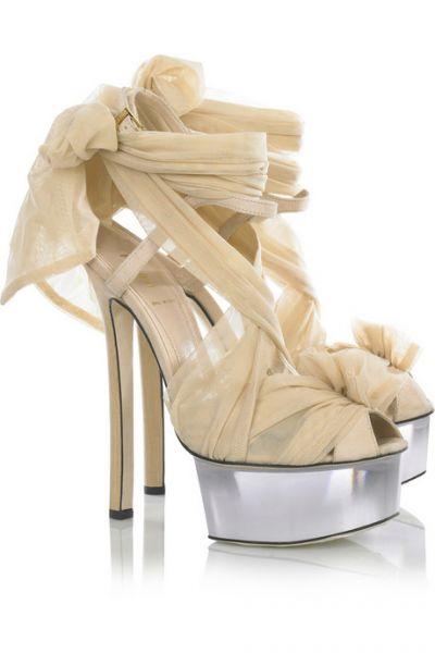 zapatos altos de novias