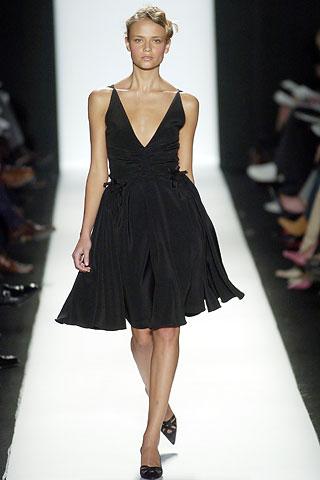 Zapatos para un vestido de fiesta negro