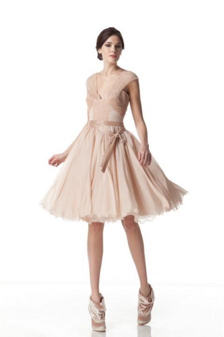 vestidos de moda color nude