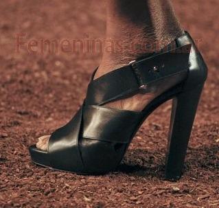 zapatos casuales de moda