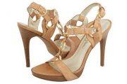 Zapatos de modelos muy hermosos de moda
