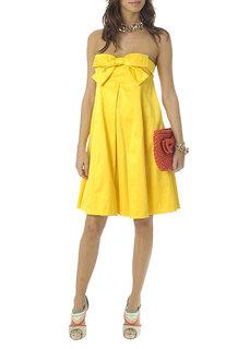 vestidos de colores claros