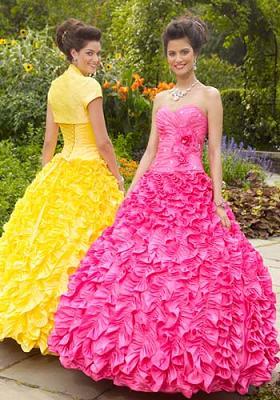 vestidos de faldas amplias para 15 años