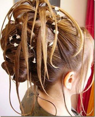 peinados con flores para novias