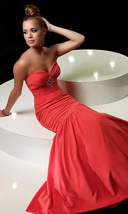 vestidos de fiesta corte sirena