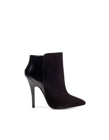 calzados negros modernos