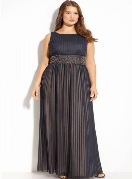Длинные платья больших размеров для полных женщин в МосквеДлинные платья для полных женщин: женственные и