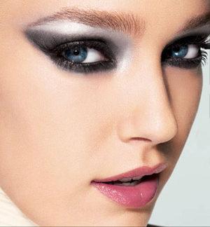 ojos pintados de moda
