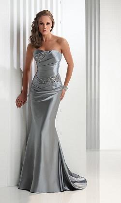 vestidos plateados de moda