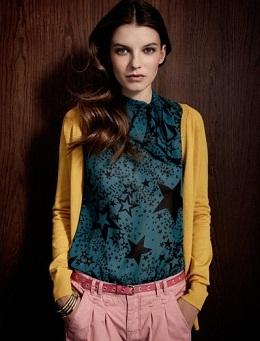 ropa colorida de moda