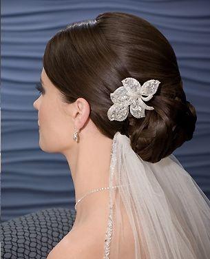 Velo y tiara para novias vestidos de boda for Suelto blanco suelto barato