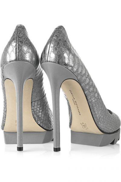 zapatos muy altos