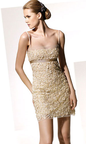 vestidos dorados de moda