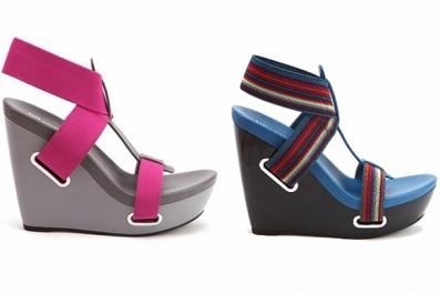 zapatos coloridos casuales