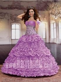 vestidos esponjosos color lila