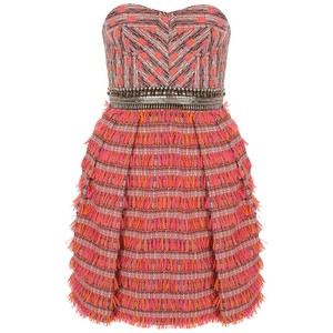vestidos con plumas