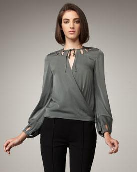blusas de colores llamativos