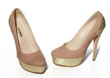 zapatos con brillos