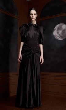 vestidos de colores oscuros
