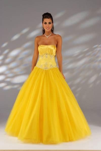 trajes de novia en color amarillo