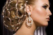 Peinados lujosos para novias 2012