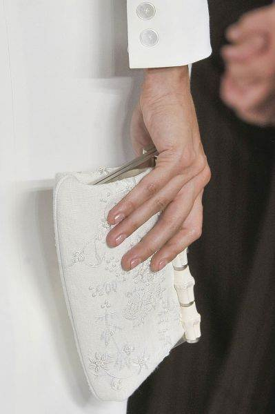 zapatos elegantes de novia