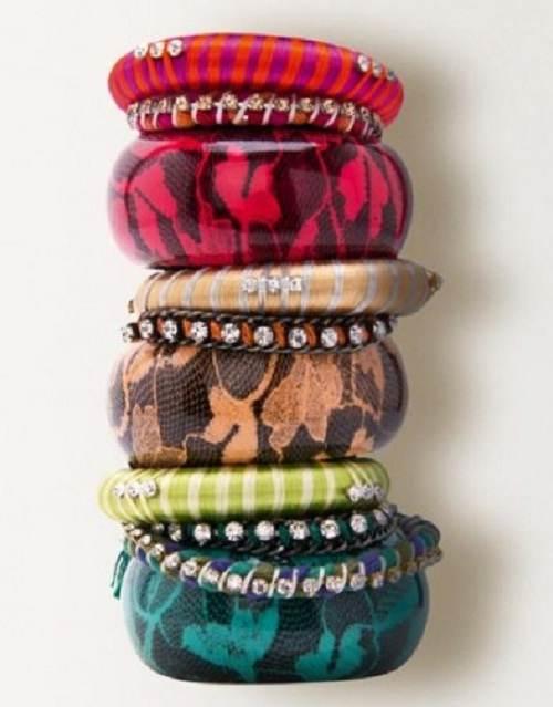 pulseras y collares de moda