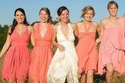 Modelos de vestidos convertibles para damas de honor