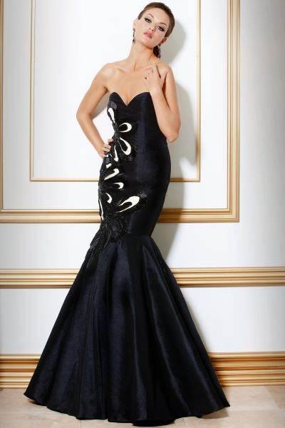 trajes largos negros