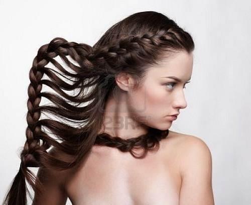peinados con trenzas de espigas