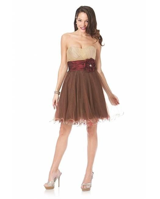 Hermosos vestidos de diseños juveniles de moda 2012