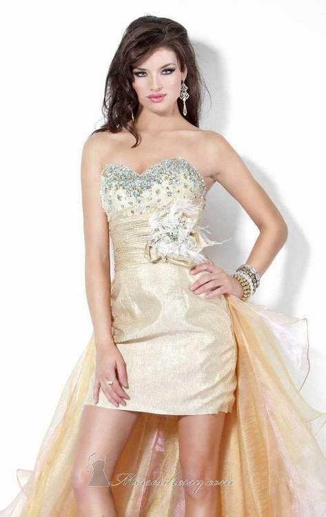 Modelos de vestidos dorados elegantes para fiestas 2012