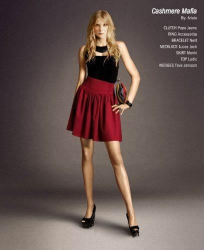 Faldas y blusas elegantes para jóvenes