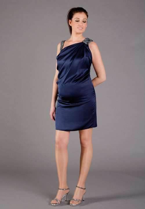 Modelos de vestidos especiales para embarazadas
