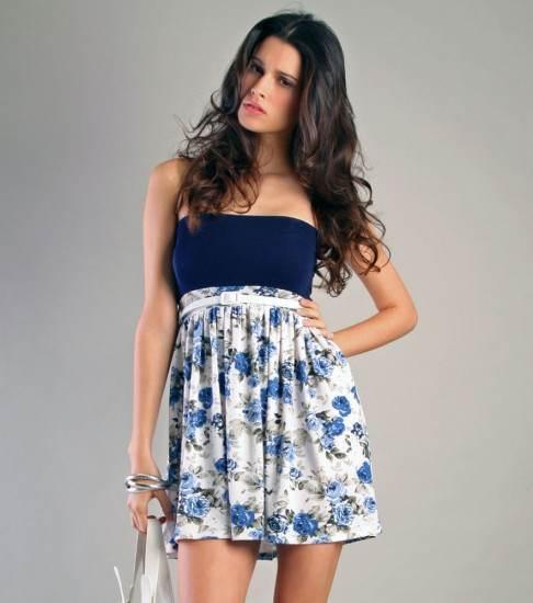 blusas y vestidos floreados