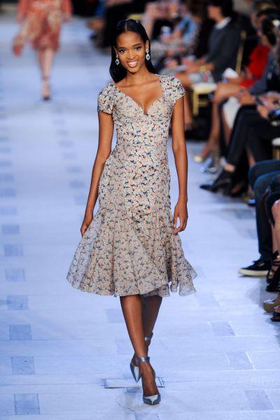 vestidos floreados cortos de verano
